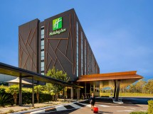 Holiday Inn Sydney St Marys Hotel Ihg