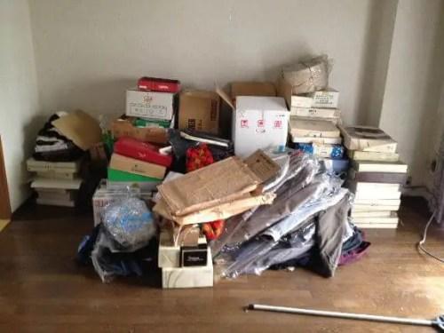不用品の書籍に雑誌、諸々を廊下に移動し、順次排出。
