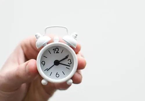 故人の遺品整理に割ける時間と物理的距離の問題