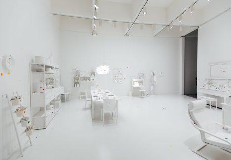 Yayoi Kusama Obliteration Room White