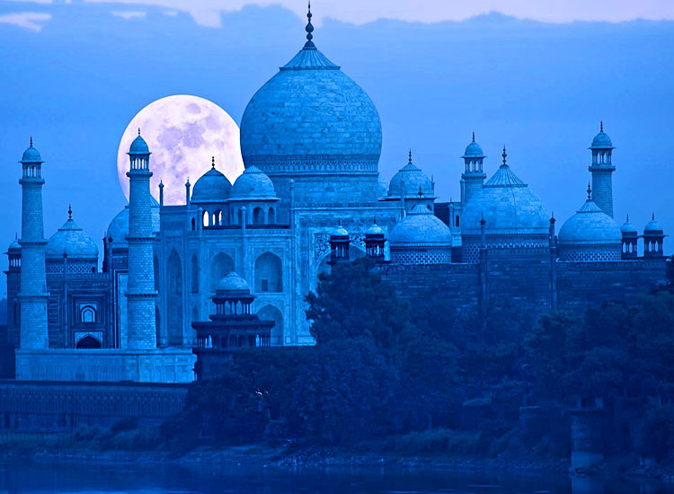Vacation in India: Packing, Preparation, Destinations & Attractions