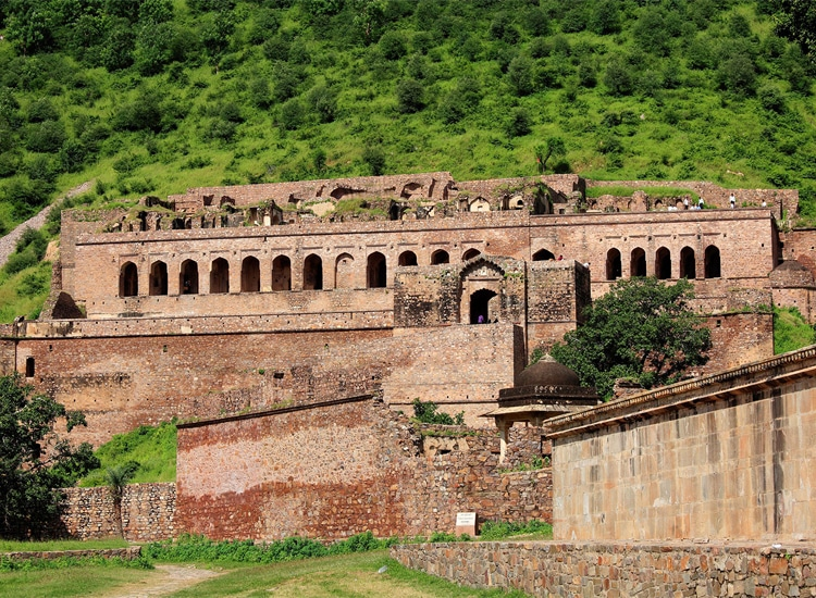 Bhangarh Fort- One of the haunted places in India