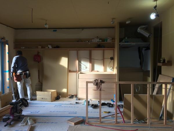 大工さんが現場つくる造作キッチン&収納