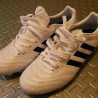 種子骨障害とサッカースパイク。種子骨に邪魔をする靴の癖をなくす一工夫。