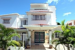 IIC SAnto Domingo Accom. Mid-range Hotel 1