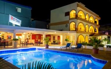 Hotel-Las-Palmeras-Nightshots-6
