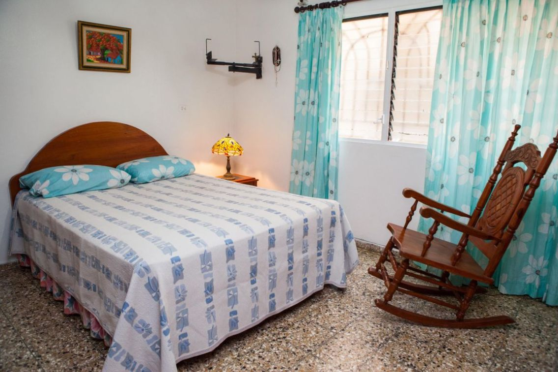IIC Santo Domingo Accommodation Guest family_Students room IMG3305_ST