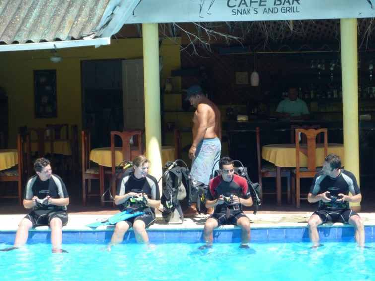 IIC Sosua Activities Scuba Diving Pool Training_JK