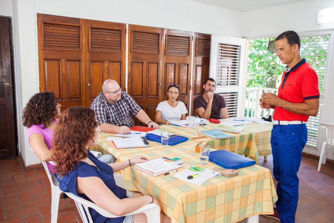 IIC Sosua School Teaching Group indoors IMG2267_ST