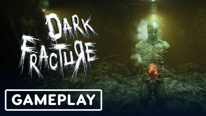 Dark Fracture Gameplay
