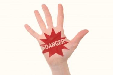 ハイターとカビキラーは混ぜるな危険?どの組み合わせが危険