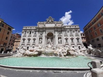トレビの泉【イタリア観光】ローマ「トレビの泉」「スペイン広場」の周辺の在住者によるおすすめスポット