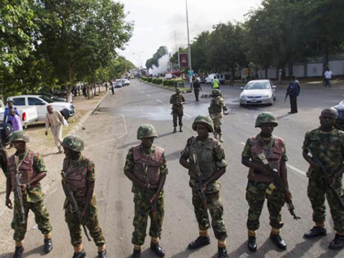 110416-Nigerian-Army-696x522