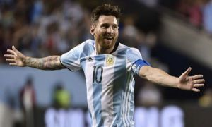 Argentina's Lionel Messi celebrates after scoring a free-kick against Panama during the Copa America Centenario football tournament in Chicago, Illinois, United States, on June 10, 2016.  / AFP / OMAR TORRES