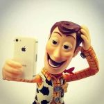 [Video] : How to take a perfect selfie