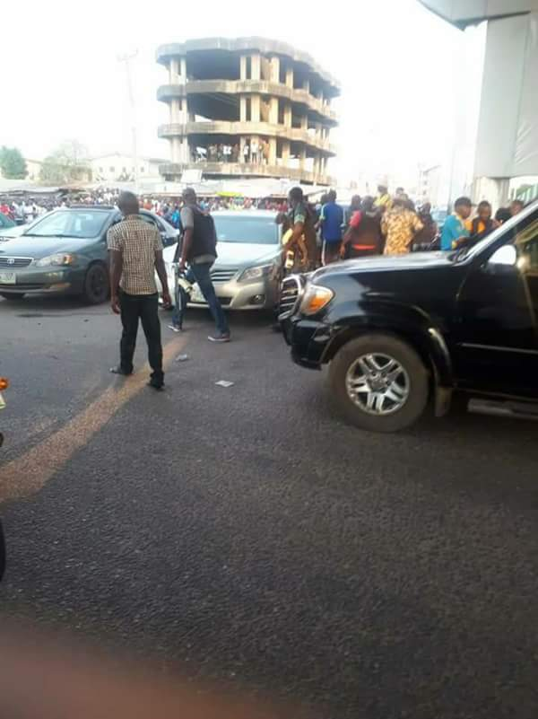 Photos Of Youths Resisting SARS Harassment In Abeokuta Today 3