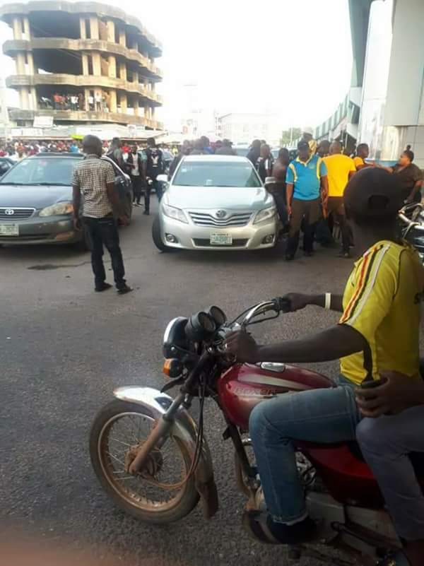 Photos Of Youths Resisting SARS Harassment In Abeokuta Today 1