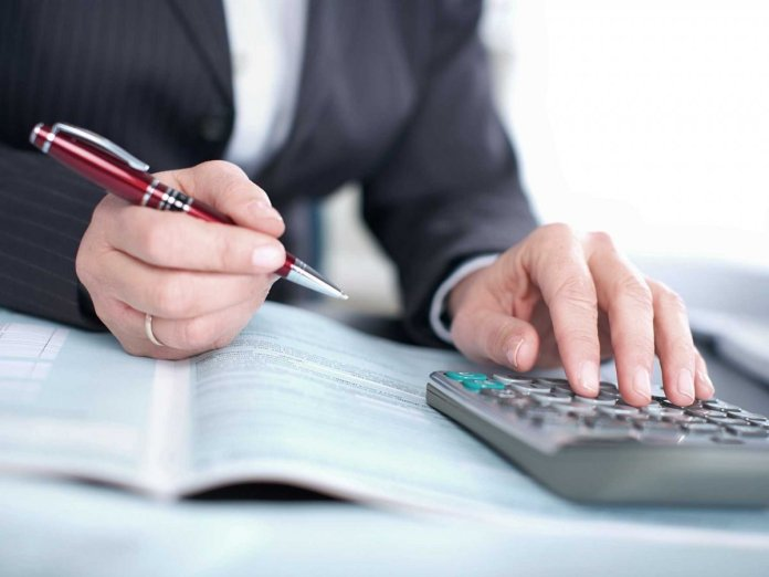 Junior Accountant wanted immediately: Salary R8 280 to R18 800 per month