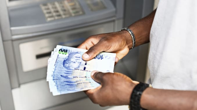 Banking Clerk required urgently: APPLY HERE