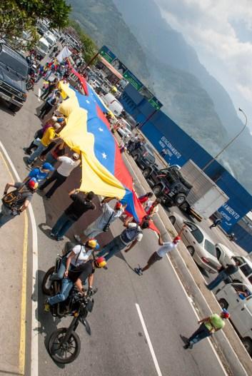 Fotografías del banderazo en Mérida - 041014 (45)