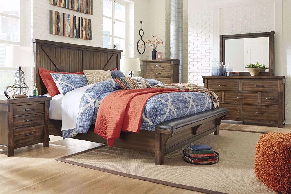 Lakeleigh Upholstered Bench Queen Bedroom Set The Furniture Mart