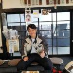 奥多摩湖へBMWのバイクで桜を見に行かれたお客様です🏍️ 満開はまだ少し先。との事でした今日の炭鳥 筏は15時の時点でむかし鳥が売り切れてしまい、ごはんもこちらのお客様のミニばくが最後でしたご来店ありがとうございました️ #蔵 #筏 #ikada #japan #Tokyo #mitake #御岳 #御岳山#mitakesan #御岳山ロックガーデン #武蔵御嶽神社 #多摩川 #御岳渓谷 #奥多摩 #ブドウ山椒 #おにぎり #tasty #バイク #ロードバイク #カヌー #カヤック #リバーSUP #デッドエンド #ジムニー #JA22 #ペット可 #BMWf800GS