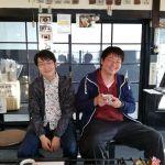 奥多摩へドライブにいらしたお二人が、一息つきにお立ち寄り下さいましたいつもは対岸の青梅街道を通るとか今日は吉野街道のご気分だったのでしょうか ご来店ありがとうございました #蔵 #筏 #ikada #japan #Tokyo #mitake #御岳 #御岳山#mitakesan #御岳山ロックガーデン #武蔵御嶽神社 #多摩川 #御岳渓谷 #奥多摩 #ブドウ山椒 #おにぎり #tasty #バイク #ロードバイク #カヌー #カヤック #リバーSUP #デッドエンド #ジムニー #ペット可 #奥多摩ドライブ #コーヒーブレイク