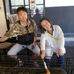 奥多摩へドライブでいらしたご夫婦です御岳山行きのケーブルカー駐車場が満車で大渋滞な為、先にお昼ごはんを。と、ご来店くださいましたこの後は、予定通りラフティングを楽しむそうですご来店ありがとうございました http://ikadamitake.com#炭鳥 #蔵 #筏 #ikada #Tokyo #mitake #御岳 #御岳山 #mitakesan #御岳山ロックガーデン #武蔵御嶽神社 #多摩川 #御岳渓谷 #奥多摩フィッシングセンター #奥多摩 #ブドウ山椒 #おにぎり #味玉 #tasty #バイク #ロードバイク #カヌー #カヤック #リバーSUP #デッドエンド #ジムニー #ペット可 #御岳山ケーブルカー #ラフティング