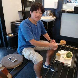 この悪天候の中、お昼ごはんに来て下さったお客様です普段ロードバイク🚴で吉野街道を通る際に炭鳥ikadaが気になっていらしたそうで、今日は車でいらっしゃいましたご来店ありがとうございました️http://ikadamitake.com営業時間11~17時(夏季)木曜定休(祭日は営業)#炭鳥 #蔵 #筏 #ikada #Tokyo #mitake #御岳 #御岳山 #mitakesan #御岳山ロックガーデン #武蔵御嶽神社 #多摩川 #御岳渓谷 #奥多摩フィッシングセンター #奥多摩 #ブドウ山椒 #おにぎり #味玉 #tasty #バイク #ロードバイク #カヌー #カヤック #リバーSUP #デッドエンド #アルパインクライミング #ジムニー #ペット可