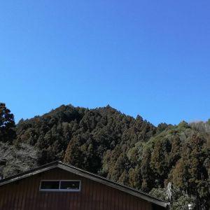 本日ハ快晴ナリ️http://ikadamitake.com 営業時間 1月から3月  11~16時4月から12月 11~17時金曜定休(祭日は営業)※むかし鳥、ばくだんは数に限りがございます。1個からお取り置き致します♪Tel.0428-85-8726#むかし鳥 #体験型 #炭鳥ikada #ばくだん #mitake #tokyo #御岳 #御岳山 #御岳山ロックガーデン #武蔵御嶽神社 #御岳神社 #多摩川 #御岳渓谷 #東京アドベンチャーライン #御岳ランチ #奥多摩フィッシングセンター #奥多摩 #日原鍾乳洞 #味玉 #串 #バイク #ロードバイク #カヌー #カヤック #リバーSUP #デッドエンド #ペット可 #快晴 #青空
