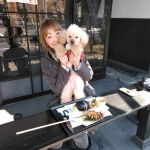 東京の下町・スカイツリーのそばからお越しのお客様です青梅市内に用事があっていらっしゃる際にペット可で検索なさって、嬉しい事に炭鳥ikadaでお昼ごはんにして下さいました🤗一緒に来てくれた可愛いワンちゃんは #トイプードル のMACくん♂(アプリコット)9歳ですママといつも一緒にお出かけ、可愛がられていますねご来店ありがとうございました️http://ikadamitake.com営業時間・1月〜  3月 11〜16時4月〜12月 11〜17時金曜定休(祭日は営業)※むかし鳥、ばくだんは数に限りがございます。1個からお取り置き致します♪Tel.0428-85-8726#むかし鳥 #体験型 #炭鳥ikada #ばくだん #mitake #tokyo #御岳 #御嶽駅 #御岳山 #御岳山ロックガーデン #武蔵御嶽神社 #御岳神社 #多摩川 #御岳渓谷 #東京アドベンチャーライン #御岳ランチ #奥多摩フィッシングセンター #奥多摩 #日原鍾乳洞 #okutama #バイク #ロードバイク #カヌー #カヤック #riversup #デッドエンド #ペット可