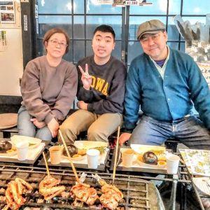 世田谷区からお越しのご家族です昨年11月末に放映された #日本テレビ さんの #ぶらり途中下車の旅 をご覧になって、お昼ごはんにお越し下さいました🥚放映直後に一度来て下さったそうなのですが、混み合っていて入れない状況の時だったそうです。ごめんなさい嬉しい事に、今日はそのリベンジで来て下さったそうです🤗お気に召して頂けた様で良かったですご来店ありがとうございましたhttp://ikadamitake.com営業時間・1月〜3月 11〜16時4月〜12月 11〜17時金曜定休(祭日は営業)Tel.0428-85-8726#むかし鳥 #体験型 #炭鳥ikada #ばくだん #mitake #御岳 #御嶽駅 #御岳山 #御岳山ロックガーデン #武蔵御嶽神社 #御岳渓谷 #御岳ランチ #青梅ランチ #奥多摩フィッシングセンター #奥多摩 #奥多摩湖 #バイク #ロードバイク #サイクリング #カヌー #カヤック #ラフティング #riversup #御岳ボルダー #ペット可