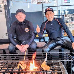 埼玉県からお越しの、バイク乗りの2名様です昨年11月末に放映された #日本テレビ さんの #ぶらり途中下車の旅 をご覧になって #奥多摩ツーリング の途中でお昼ごはんにお立ち寄り下さいました🥚愛車は #ktm と #triumph 🏍️🏍️グーグルフォトとインスタグラムの連携がうまくいかない為、お客様のpicとそれぞれのバイクのpic、3枚別々にpost致しますご来店ありがとうございました❣️http://ikadamitake.com営業時間・1月〜3月 11〜16時4月〜12月 11〜17時金曜定休(祭日は営業)Tel.0428-85-8726#むかし鳥 #体験型 #炭鳥ikada #ばくだん #mitake #御岳 #御嶽駅 #御岳山 #御岳山ロックガーデン #武蔵御嶽神社 #御岳渓谷 #御岳ランチ  #青梅ランチ #奥多摩フィッシングセンター #奥多摩 #奥多摩湖 #バイク #ロードバイク #サイクリング #カヌー #カヤック #ラフティング #riversup #御岳ボルダー #ペット可