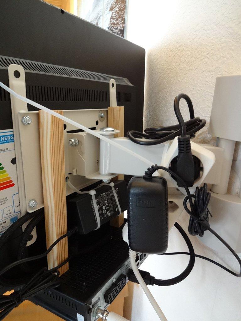 uppleva television receiver improvement ikea hackers. Black Bedroom Furniture Sets. Home Design Ideas