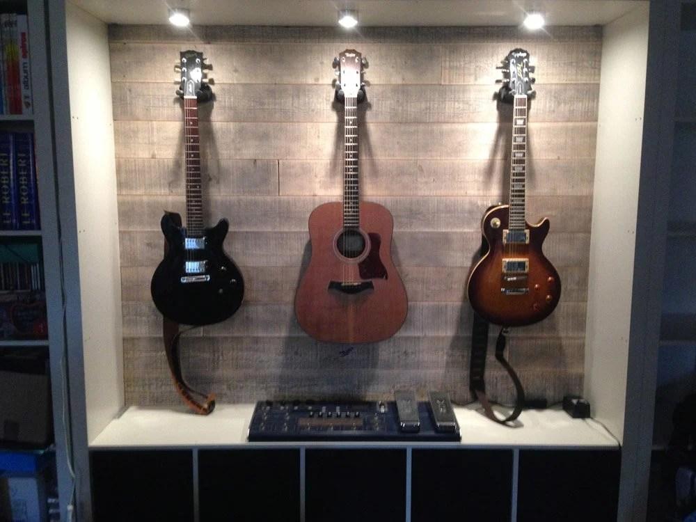 guitar display