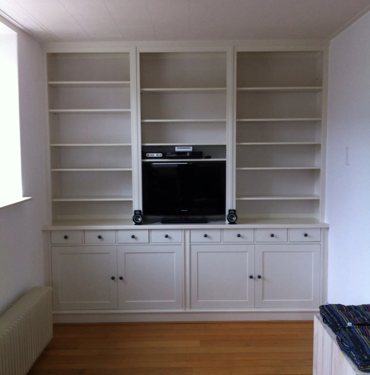 a built in library with hemnes and stornas ikea hackers. Black Bedroom Furniture Sets. Home Design Ideas