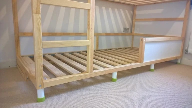 Kura trofast stuva bed hack for Raise bed off floor