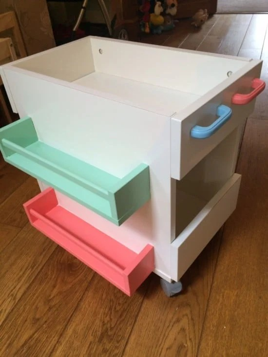 Mobile Kids Book Storage