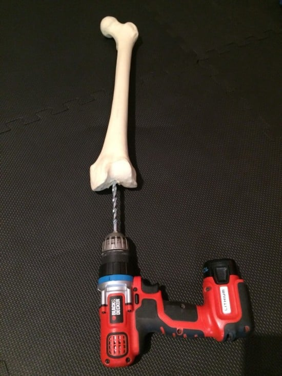 Drill the femur
