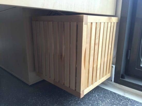 IKEAHackers-Wood_server_closet_06