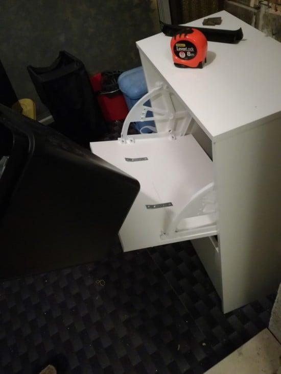 VARIERA trash bin slides out easily