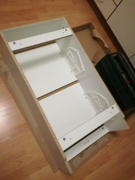 Build the BISSA shoe cabinet