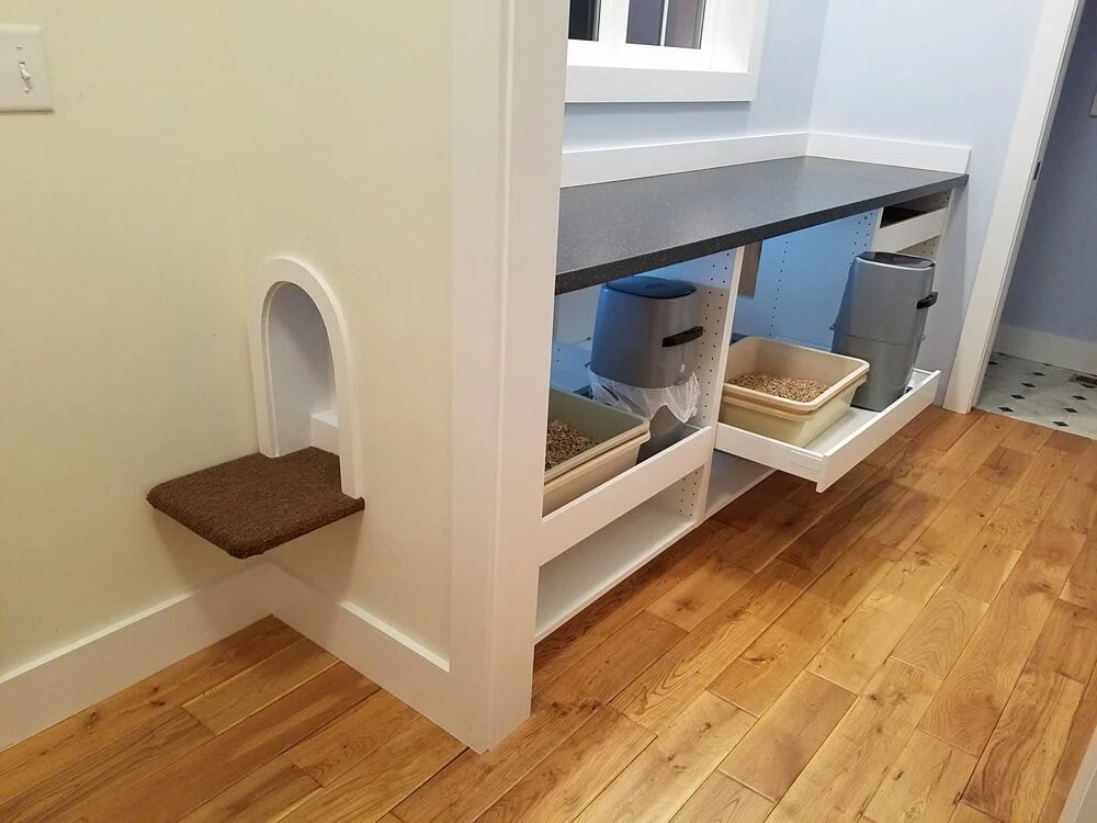 Spoiled Kitty Comfort Station Hidden In Mudroom Space