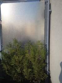 Floor protector for balcony privacy - IKEA Hackers - IKEA ...