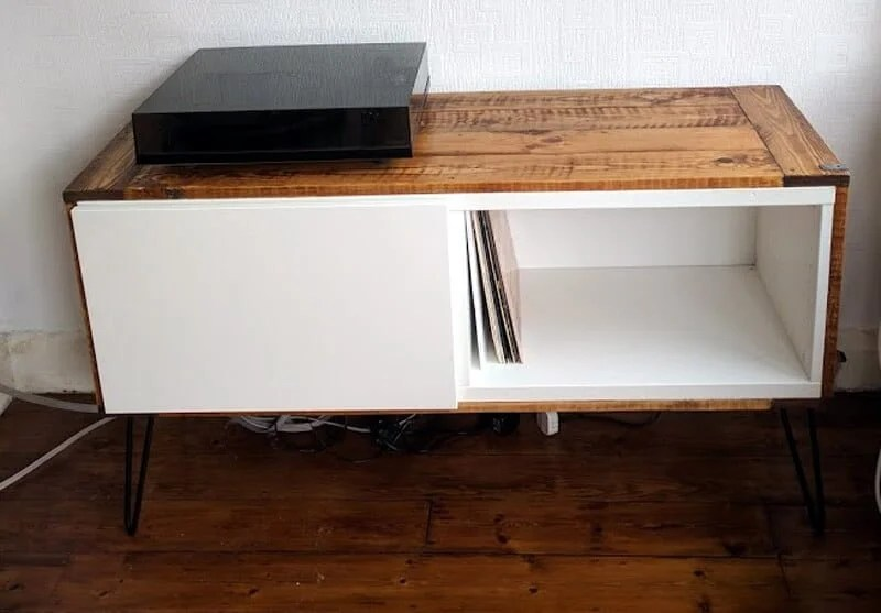 record player stand from ikea best and pallet wood ikea hackers. Black Bedroom Furniture Sets. Home Design Ideas