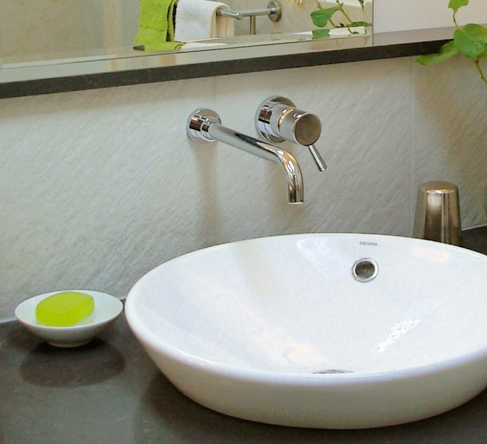 Messy Sink: Soap Dish From Kitchen Skimmer