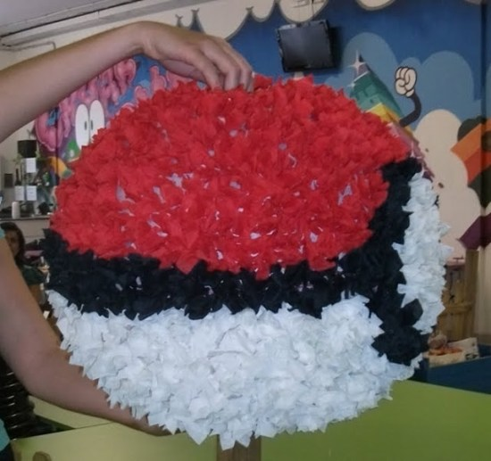 DIY Pokeball with crepe paper