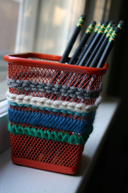 Needlepoint pencil cup ikea hackers for Ikea coffee cup holder