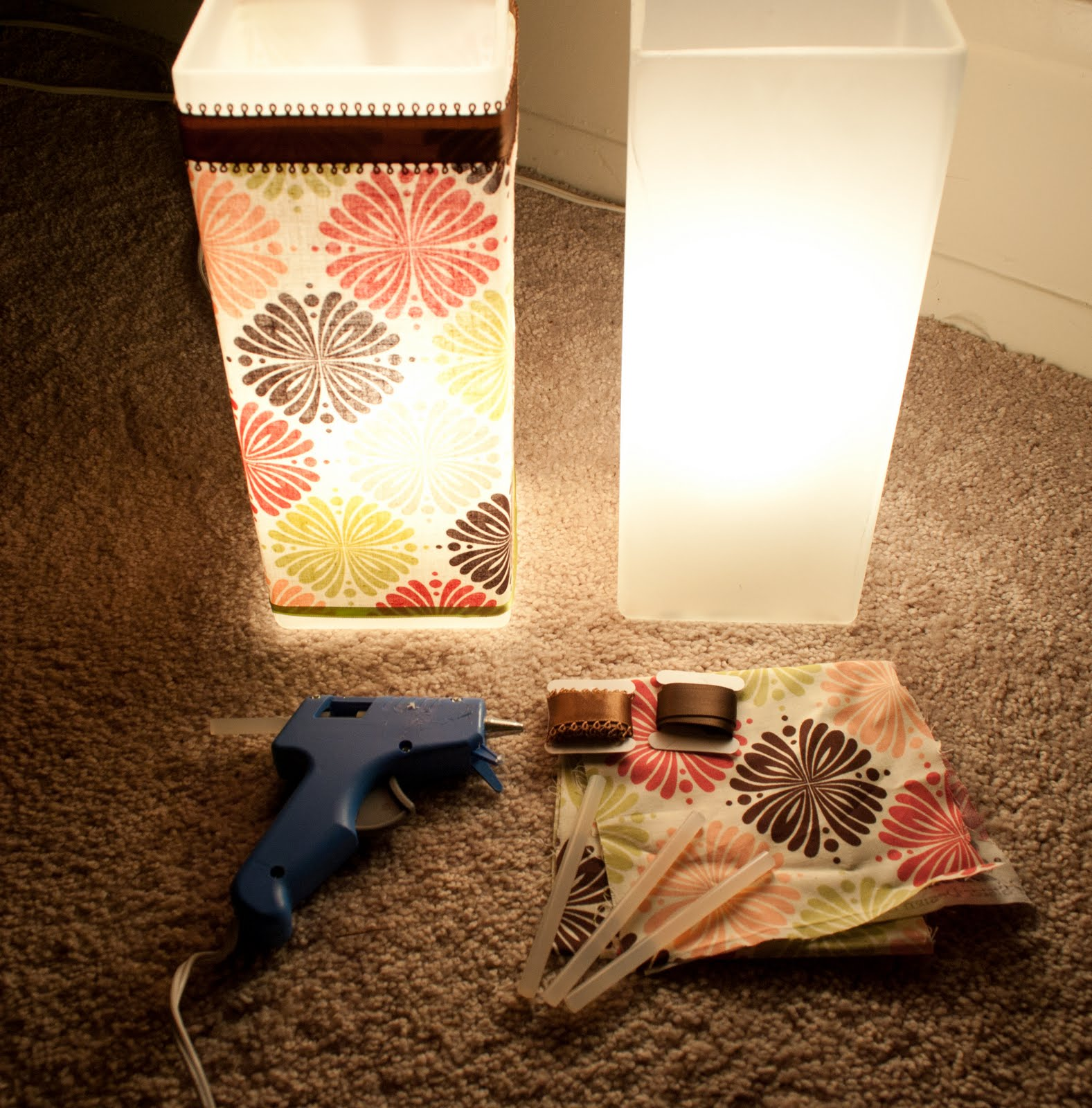 Bon Materials: GRONO Table Lamp, Calico Print Cloth, Ribbon, High Temp Hot Glue  Gun