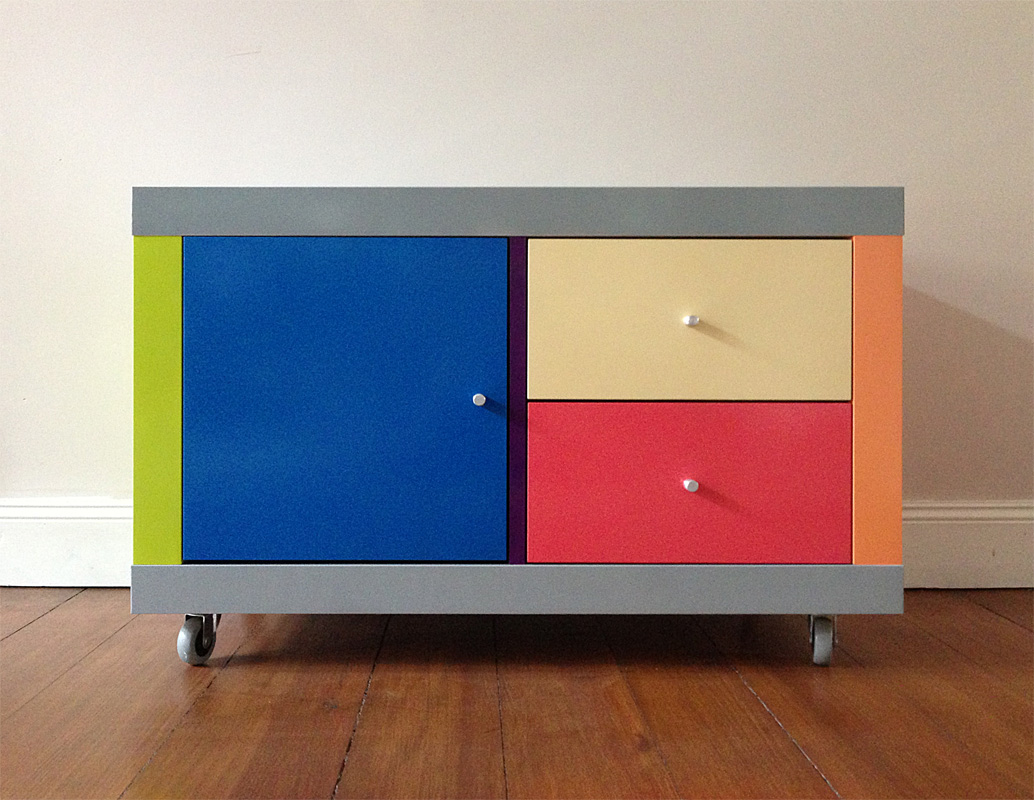 How to create a gerhard richtexpedit bedside cabinet for Fabric drawers ikea expedit